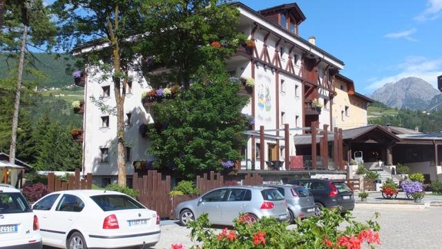 Бормио. Горнолыжный курорт Италии на карте, фото, схема трасс. Отели с термами, бассейном. Как добраться, что посмотреть рядом. Отзывы туристов