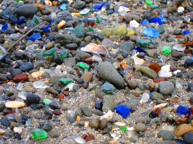 Стеклянный пляж во Владивостоке, Калифорнии, США, Китае, Крыму и другие. Фото, где находятся, чем уникальны