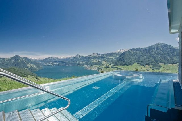 Звездочный отель в Швейцарии villa honegg (Вилла Хонегг) в горах с бассейном, видом на озеро и горы. Цены, отзывы