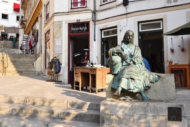 Коимбра, Португалия. Достопримечательности на карте, Дворец слез, фото и описание, что посмотреть за один день