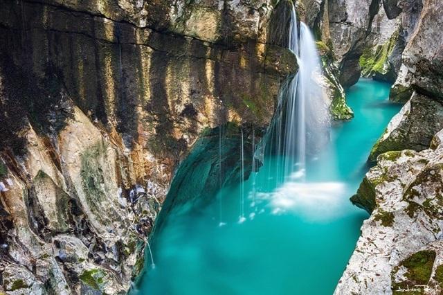 Удивительные места планеты. Самые красивые, загадочные, необычные на Земле, в мире и России. Фото с описанием, видео