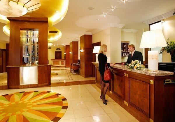 Полупансион в отеле. Что это значит, питание в Дубае, на Кипре, Испании, Греции, Турции, России и других странах