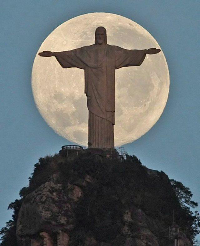 Статуя Иисуса Христа-Искупителя, Рио-де-Жанейро, Бразилия. Фото, описание, история скульптуры. Аналоги в мире