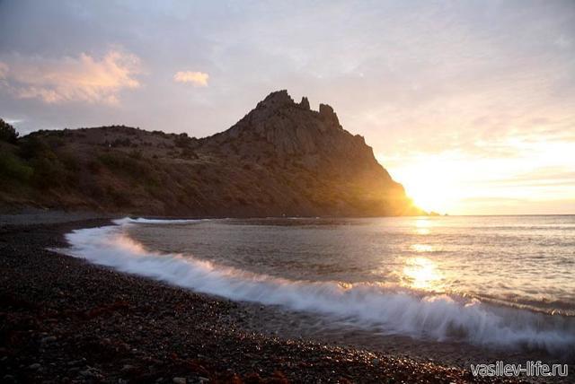 Вулканический массив Кара-Даг в Крыму, Коктебель. Где находится Черная гора, заповедник, Золотые ворота, фото, карта, экскурсии